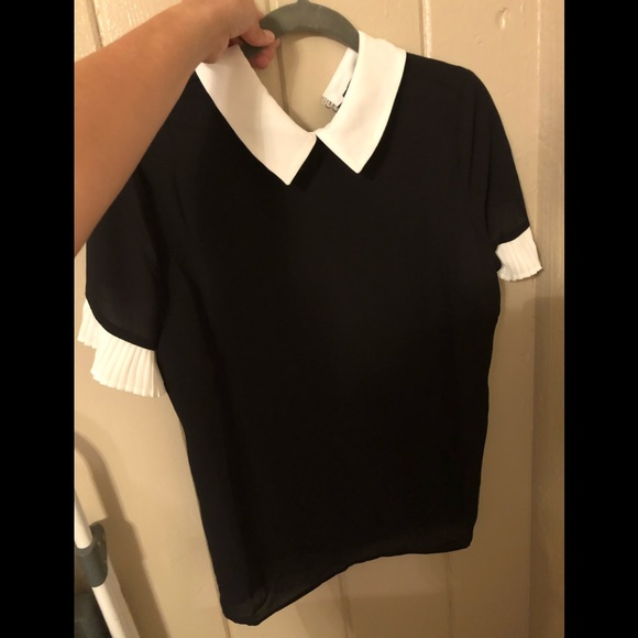 Catherine Malandrino Tops - Gorgeous presentable dress shirt